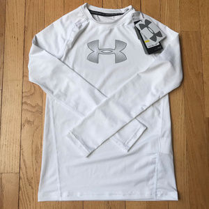 NWT White Under Armour Long Sleeve Shirt